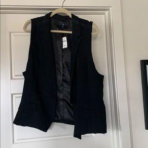 NWT XL Gap sleeveless blazer